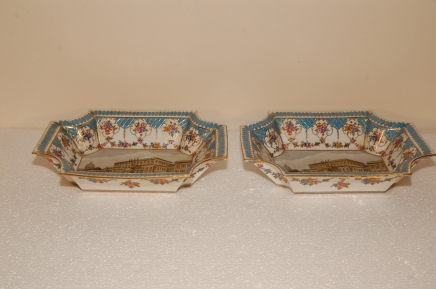 Pair Meissen German Porcelain Plates Dishes