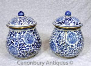 Pair Blue White Porcelain Kangxi Porcelain Urns Lidded Urn Chinese Vase