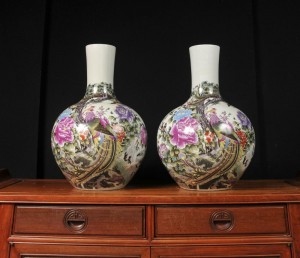 Pair Chinese Ming Porcelain Shangping Vases Urns Birds
