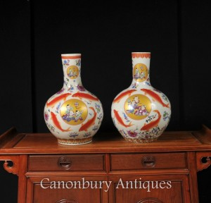 Pair Chinese Doucai Porcelain Golfish Urns Vases Shangping