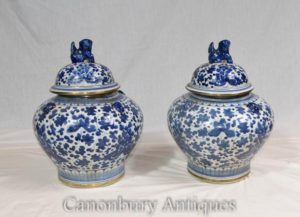 Pair Chinese Blue and White Porcelain Lidded Urns Vases Nanking